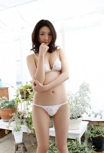 ono_nonoka_412_025